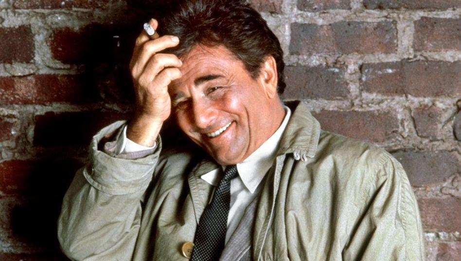 Peter Falk in seiner Rolle als Inspektor Columbo: Markenzeichen, neben dem Trenchcoat? Das zerstreute Nachfragen. Vielleicht nicht die beste Voraussetzung für einen GmbH-Geschäftsführer