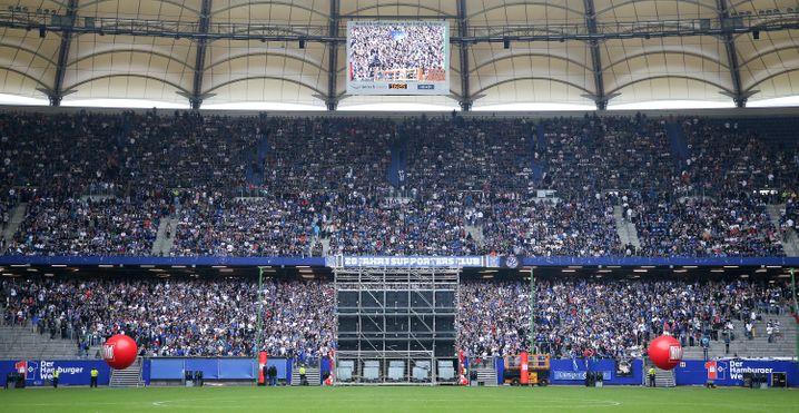 Volkspark: Fans verstoßen