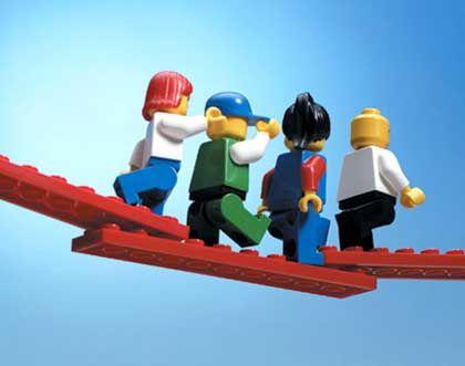 """Lego """"Serious Play"""": Selbstfindung mit Spielzeug-Männchen"""