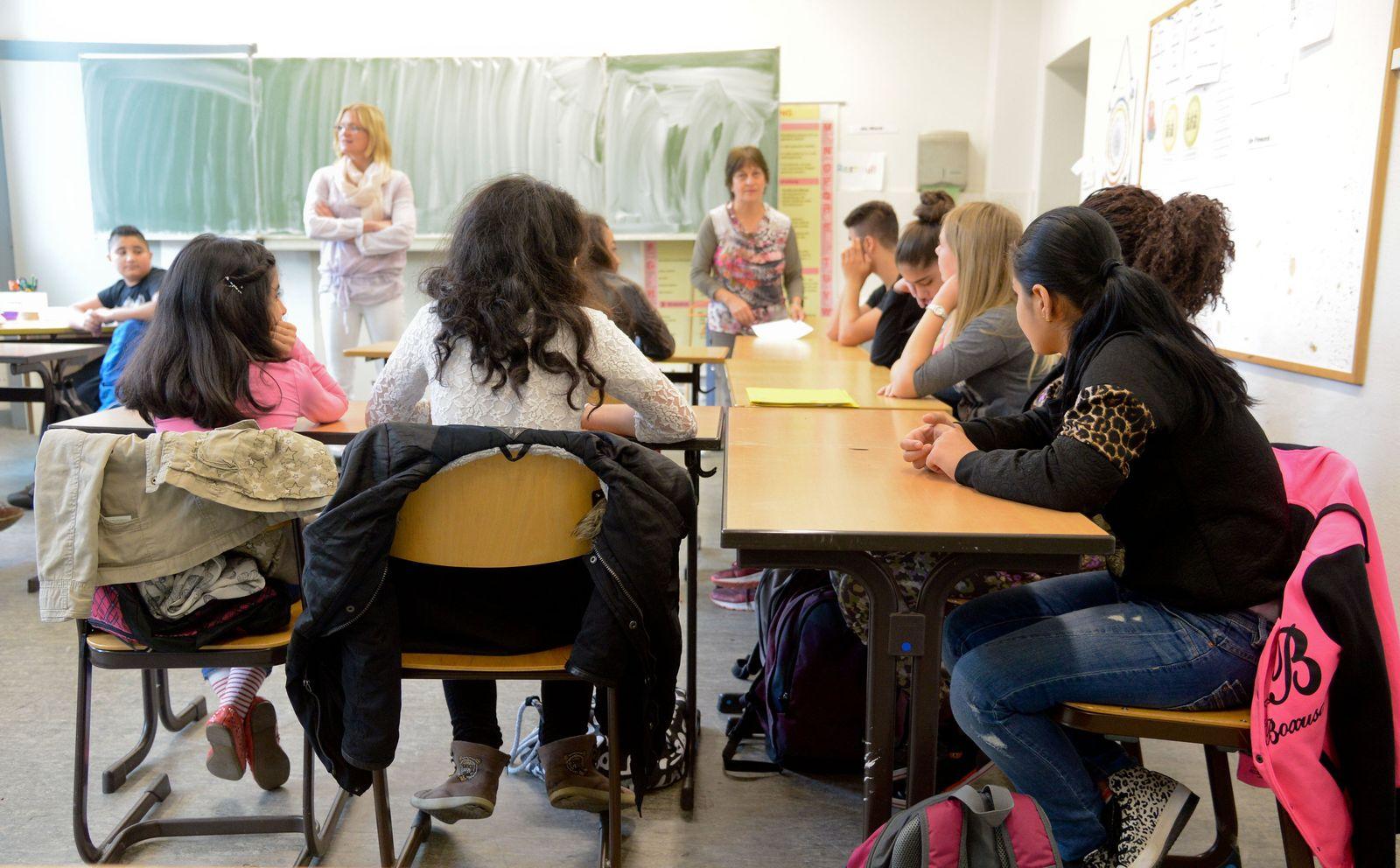 Minderjährige Flüchtlinge in Sprachlernklasse
