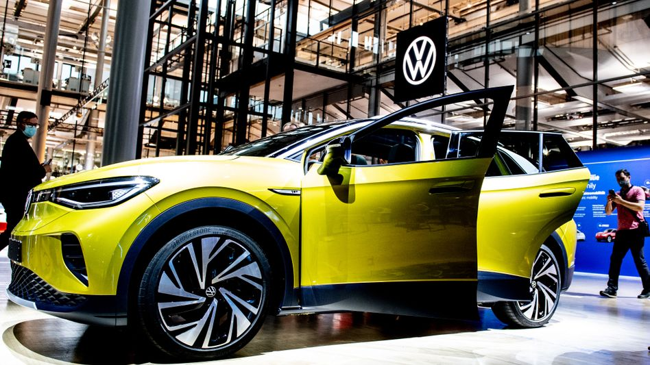 Da geht noch mehr mit E: Um den Green Deal der EU zu erfüllen, will die Marke VW die eigene Elektro-Offensive (im Bild der VW ID.4) nochmals erweitern