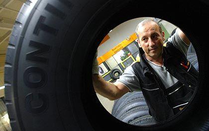 Streitobjekt: Das Reifengeschäft ist eine Traditionssparte von Conti, gilt aber als wenig lukrativ