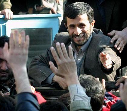 Irans Präsident Mahmoud Ahmadinedschad: Öl als Faustpfand im Atomstreit