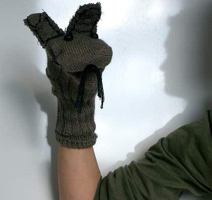 Kindgerechtes Recycling: Handpuppe aus Socken