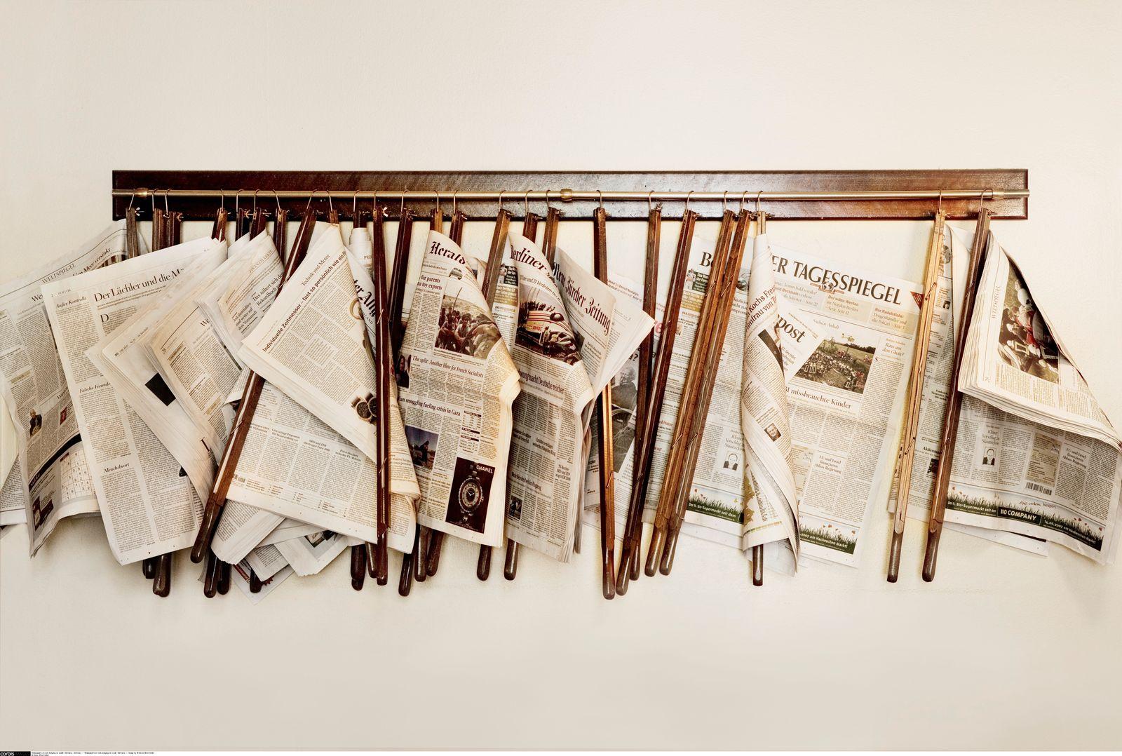 NICHT MEHR VERWENDEN! - Zeitungen