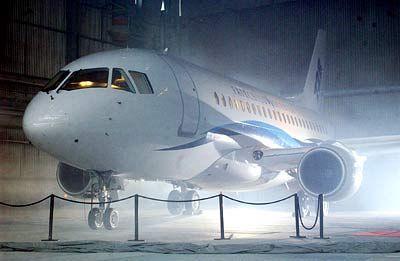 Wirtschaftlich am Boden, technisch über den Wolken: Der 728er-Jet von Fairchild Dornier
