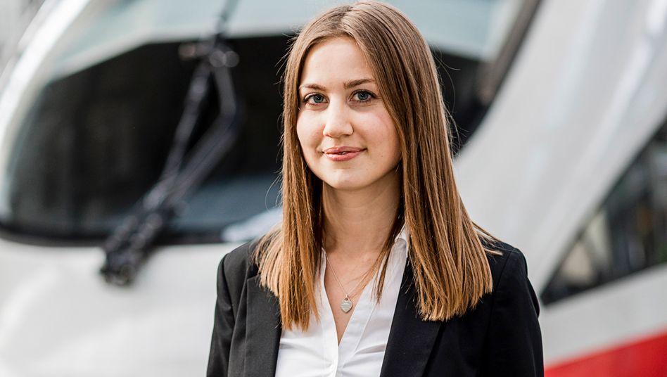 Vor der Krise: Planungsingenieurin Christina Hoiß wurde als 23.000. Mitarbeiterin, die die DB in 2019 eingestellt hat, gefeiert.