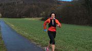 Eine Frau, zwei Beine, drei Wochen laufen von München nach Hamburg
