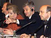 Ex-Außenminister Joschka Fischer (Mitte): Eröffnung der G8-Konferenz in Köln im Jahre 1999