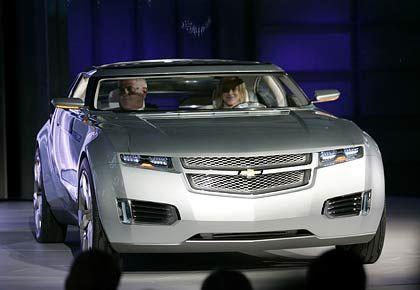 Effektvoll: Während GM womöglich den Einstieg bei Proton vorbereitet, sorgen die Amerikaner auf der Autoshow in Detroit mit dem neuen Chevrolet Volt für Furore