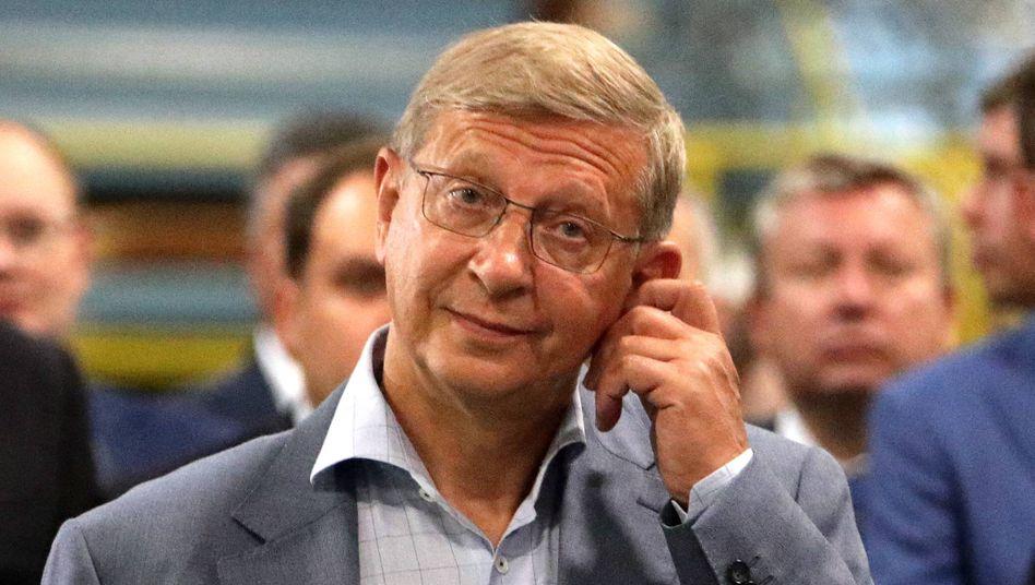 Wladimir Jewtuschenkow: Der russische Oligarch steht hinter der SCP Group, die die Handelskette Real von der Metro übernimmt