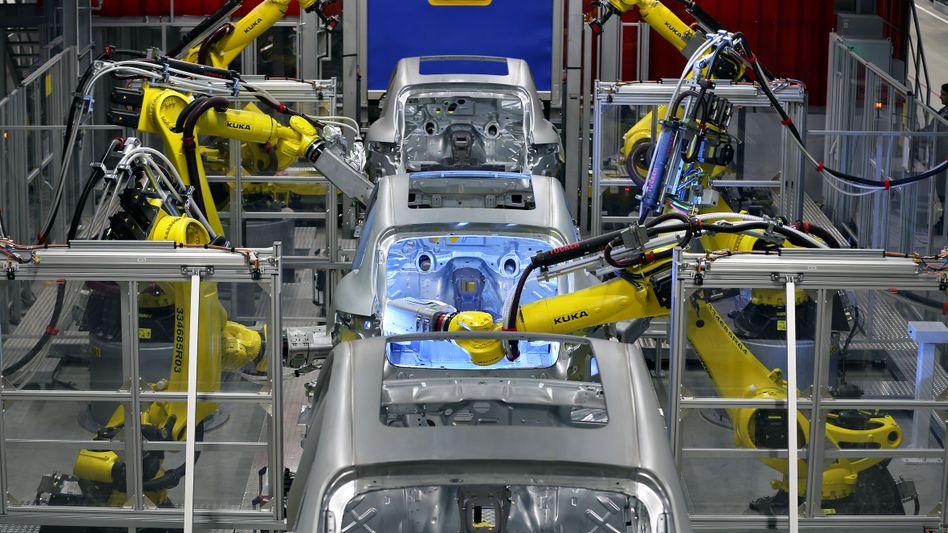 Roboter in der Autoproduktion: Arbeitsplätze in Gefahr