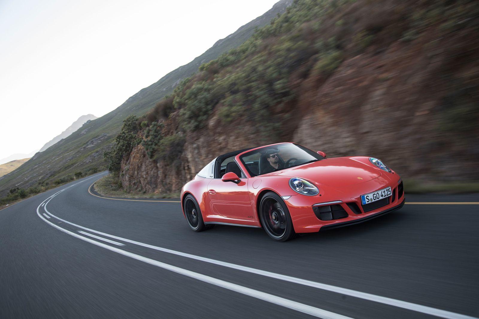 2017 / Porsche 911 GTS