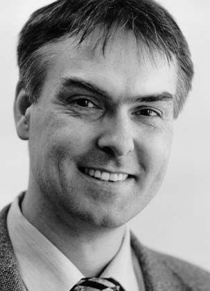 Dr. Wolfgang Jäger (40) ist seit 1997 Rechtsanwalt der Kanzlei Clifford Chance in Frankfurt am Main. Der Prozessrechtler ist spezialisiert auf Streitigkeiten im Nachgang von Unternehmenskäufen, internationale Schiedsverfahren, einstweiligen Rechtsschutz und Zwangsvollstreckung.
