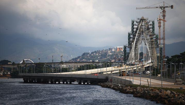 Milliarden für den Samba: Transcarioca-Brücke über die Guanabara-Bucht