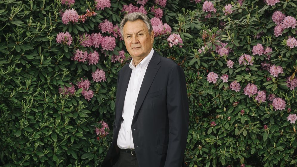 Michael Frenzel in seinem Garten in Hannover-Burgdorf