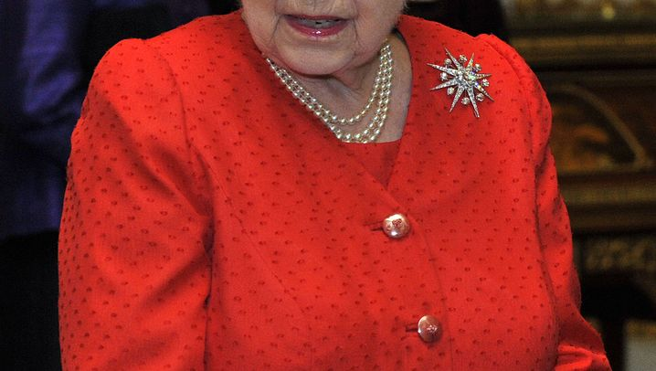 Europas Adel: Klamme Monarchen, marode Paläste