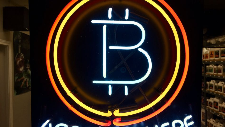 Bitcoin: Unter 7000 US-Dollar