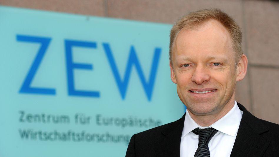 Der neue Ökonomen-Star: Bisher führt Clemens Fuest das Mannheimer ZEW, das zwar ein großes Forschungsbudget hat, aber wenig öffentlichen Einfluss