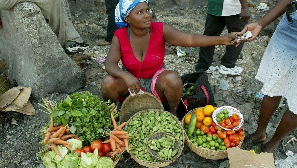 Gemüsehändlerin in Port-au-Prince (Archivbild von 2008): An Haiti wurden bereits Soforthilfen für Investitionen in Technologie und Saatgut ausgeschüttet