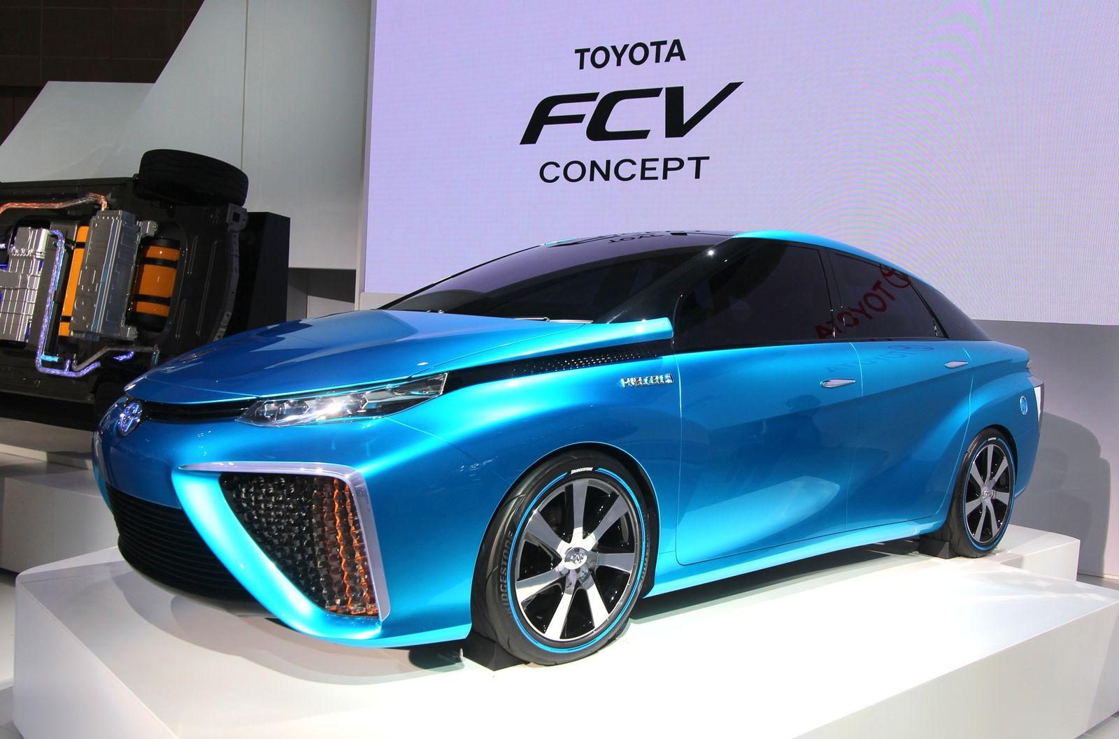 2013 / Premieren Tokio / Toyota-Brennstoffzelle FCV Concept