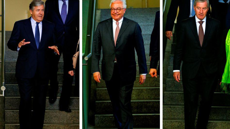 Josef Ackermann, Rolf Breuer Jürgen Fitschen (Bild Archiv, von links): Die drei ehemaligen Deutsche-Bank-Chefs müssen im Zusammenhang mit der Pleite des Medienkonzerns Kirch keine Strafverfolgung mehr befürchten