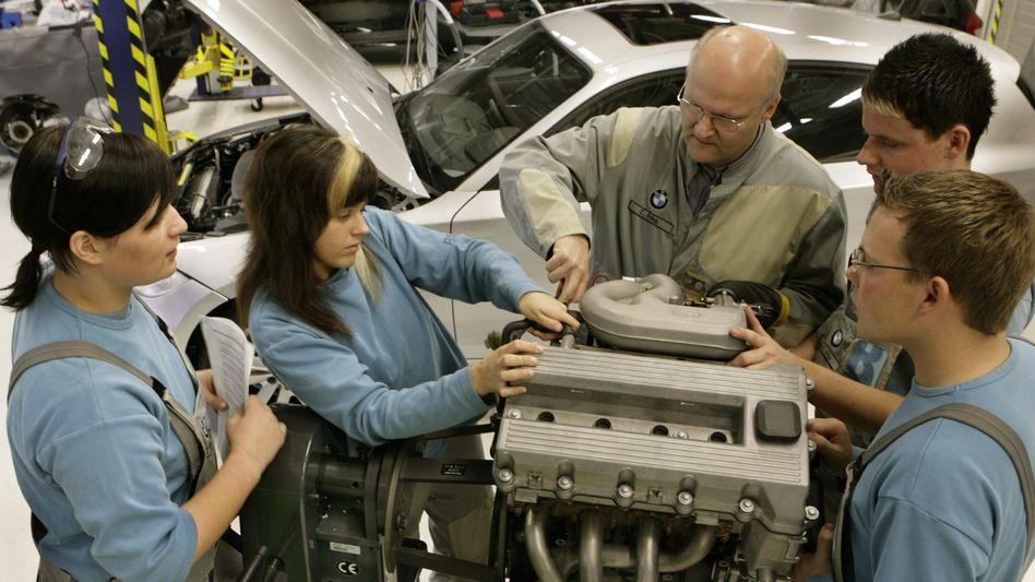 KFZ-Ausbildung im BMW-Werk in Leipzig: Mehr Angebote als noch vor Jahren