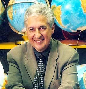 Farhad Vladi, 57 Jahre alt, Sohn einer deutschen Hausfrau und eines persischen Kaufmanns, studierte Volkswirtschaftslehre, absolvierte ein Traineeprogramm bei der Deutschen Bank, bevor es ihn 1971 zur Insel-Maklerei zog. In Hamburg und in Halifax (Kanada) besitzt er Büros. Außerdem ist er Insel-Gutachter vor dem Supreme Court der USA.