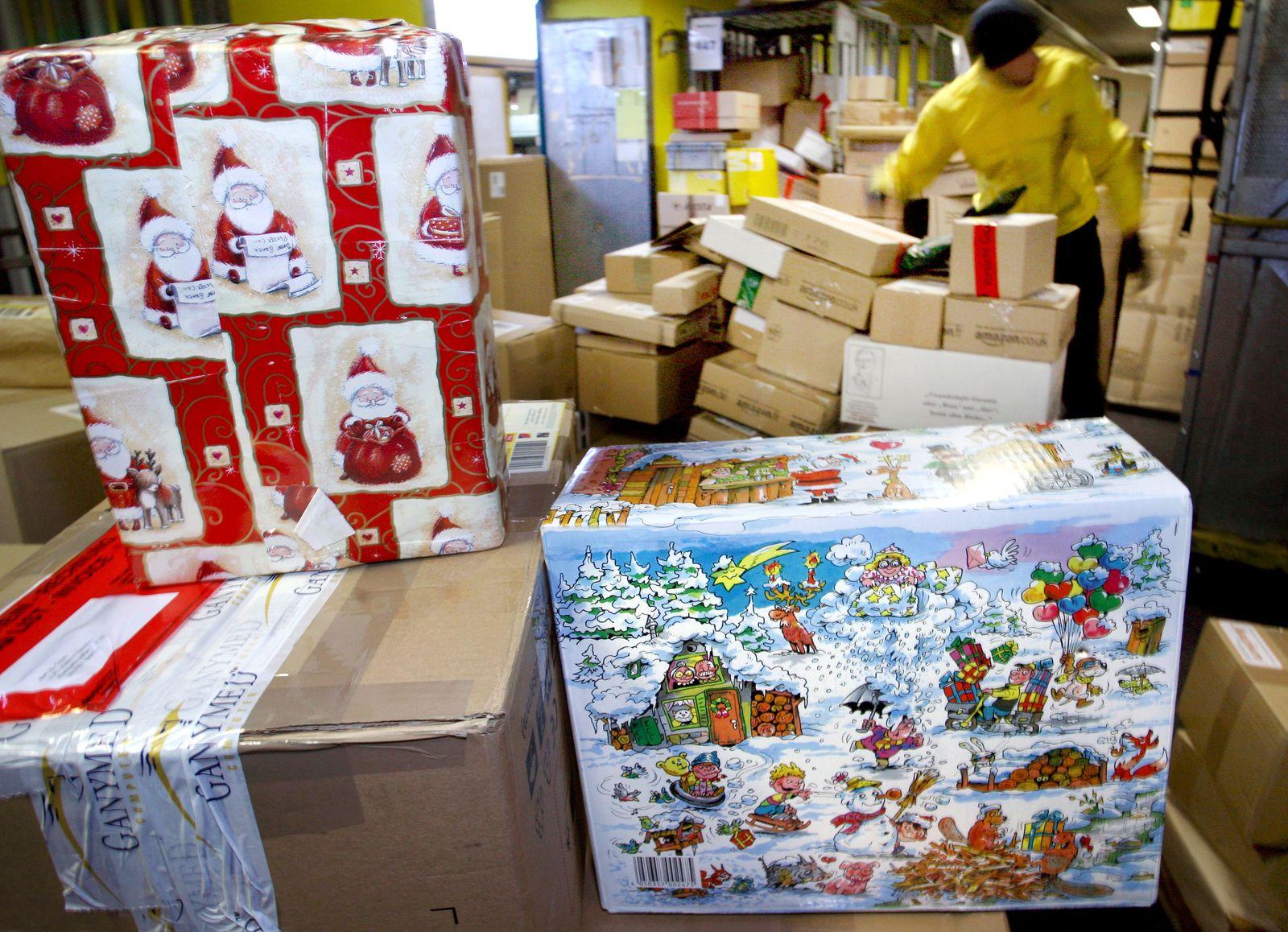 Paketzustellung vor Weihnachten