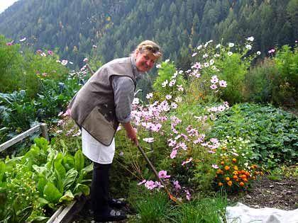Arbeitsreich: Maria Unterkircher ist seit 1973 Bäuerin auf dem Walderhof in Südtirol