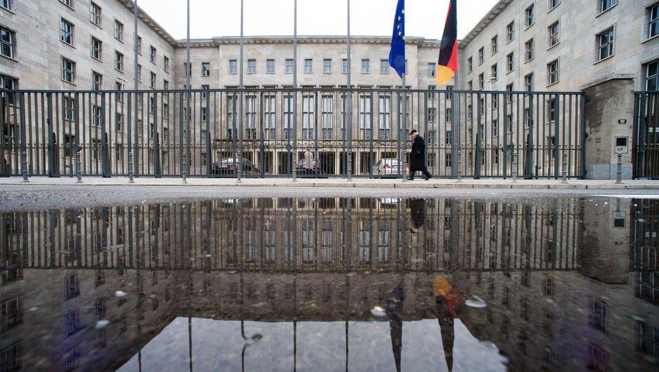 Bundesfinanzministerium in Berlin: Für Banken offenbar keine uneinnehmbare Festung