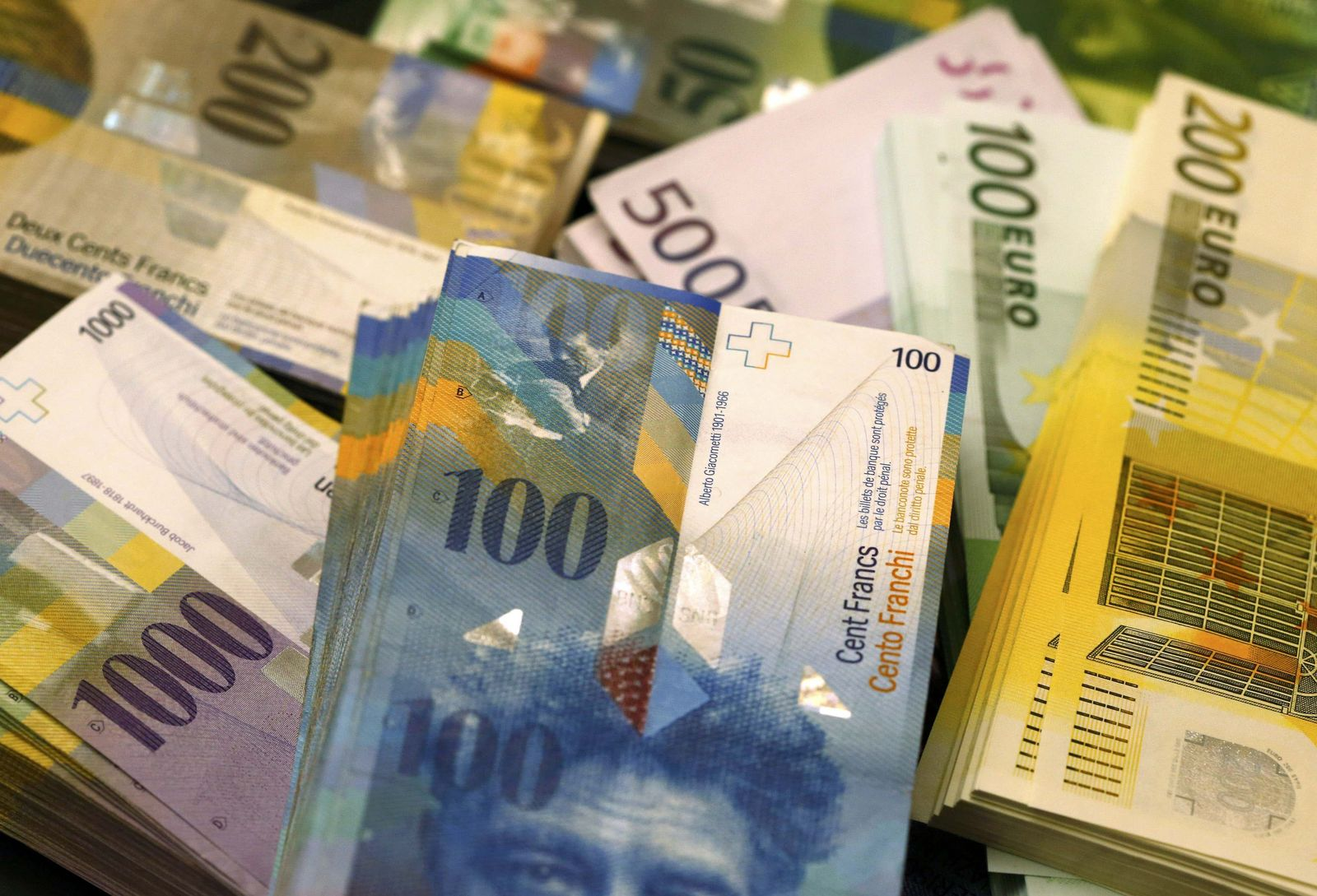 Schweizer Franken/ Euro-Banknoten