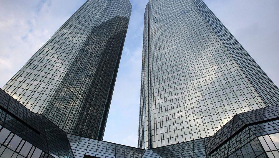 Deutsche-Bank-Türme in Frankfurt: Die größten Aktionäre kommen aus China (9,9 Prozent) und aus Katar (6 Prozent)