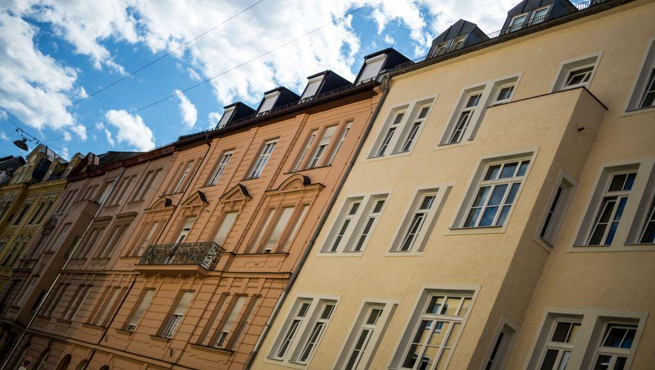 Run auf Häuser und Wohnungen: Die Immobilienpreise in Deutschland steigen derzeit rasant. Immobilienfonds begrenzen nun ihre Anlagesummen - weil sie in einem überhitzten Markt nicht zu viel investieren wollen
