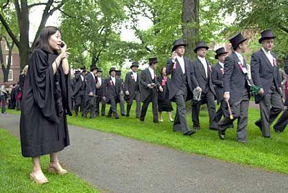 Nur jeder zehnte aus sozial schwachen Familien: Harvard-Studenten