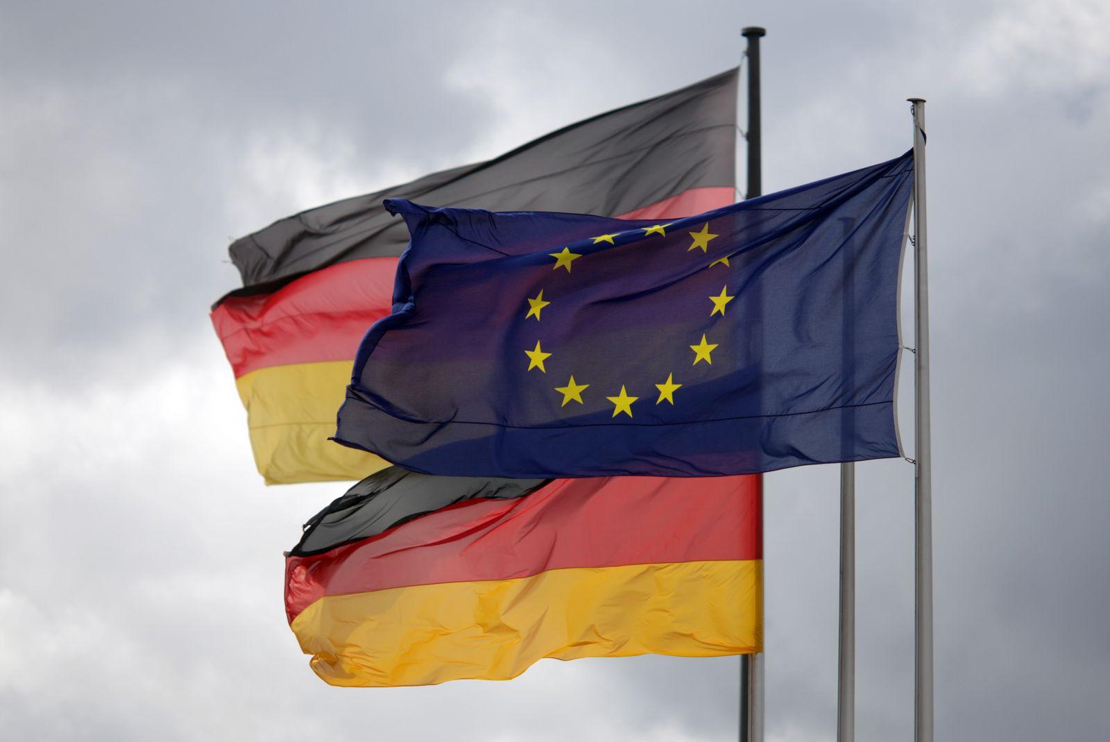 Fahnen / EU / Deutschland