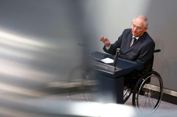 Finanzminister Schäuble im Bundestag: Geldgeschenke von den Anlegern