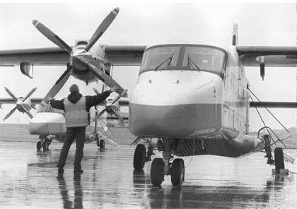 Flieger, die keiner braucht: Vier Flugzeuge vom Typ Do-228 (Foto) leistet sich die Bundeswehr nach Ansicht der Rechnungsprüfer ohne ersichtlichen Grund. Die Flieger kosten jährlich 16 Millionen Euro.