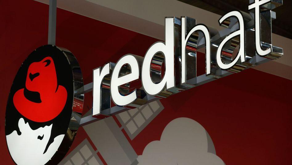 Red-Hat-Logo auf dem Mobile World Congress in Barcelona