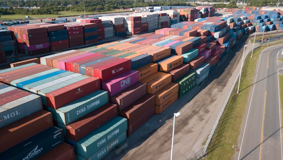 Container im Hafen von Portsmouth, USA: Der Handelskonflikt besorgt die Börsianer - zum Großteil zu unrecht.