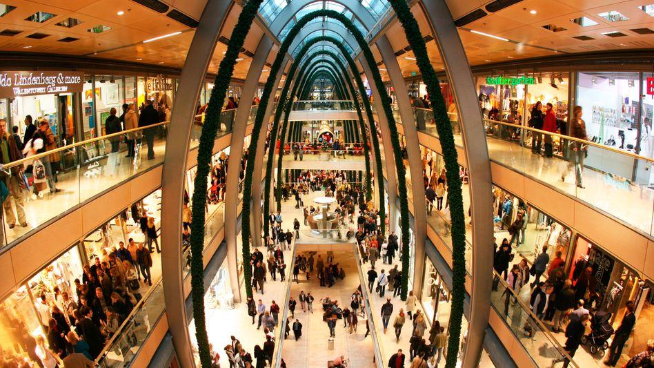 Hamburger Einkaufszentrum: Das Geld der Verbraucher sitzt locker
