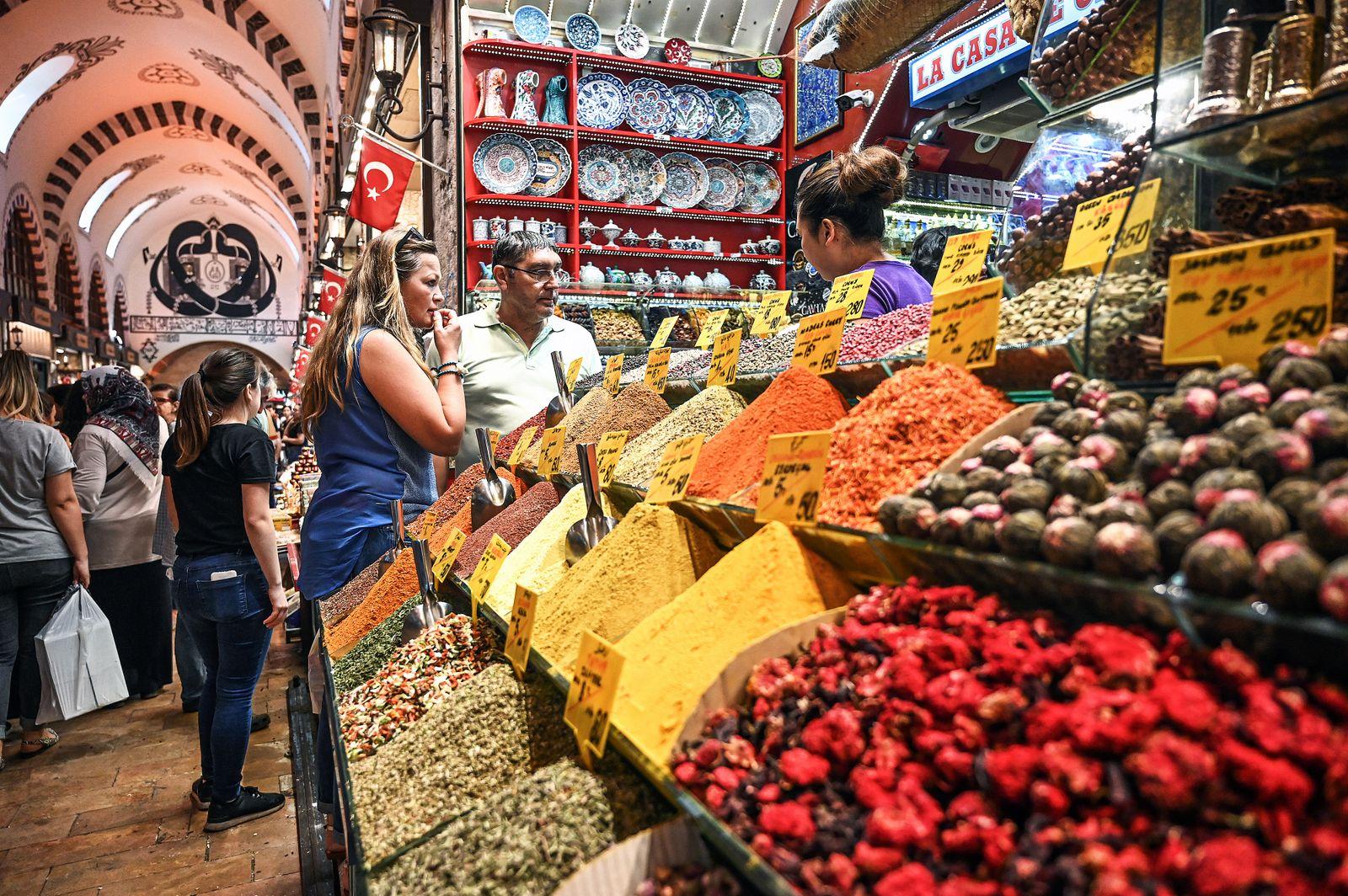TURKEY-DAILY LIFE-ECONOMY-FEATURE