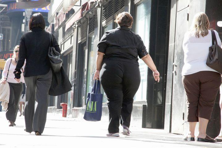 Sie müssen nicht unbedingt schlank sein, um gut auszusehen. Aber Sie sollten Ihre Farben und Ihre Schnitte kennen.