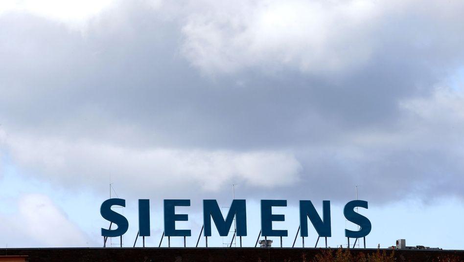 Siemens-Logo in Berlin: Keine Zukunft für E-Autos