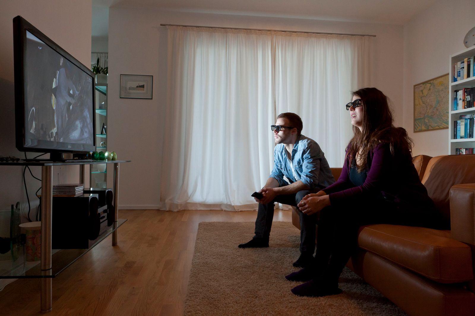 EINMALIGE VERWENDUNG Leichte Brille oder volle Auflösung? - 3D im Heimkino