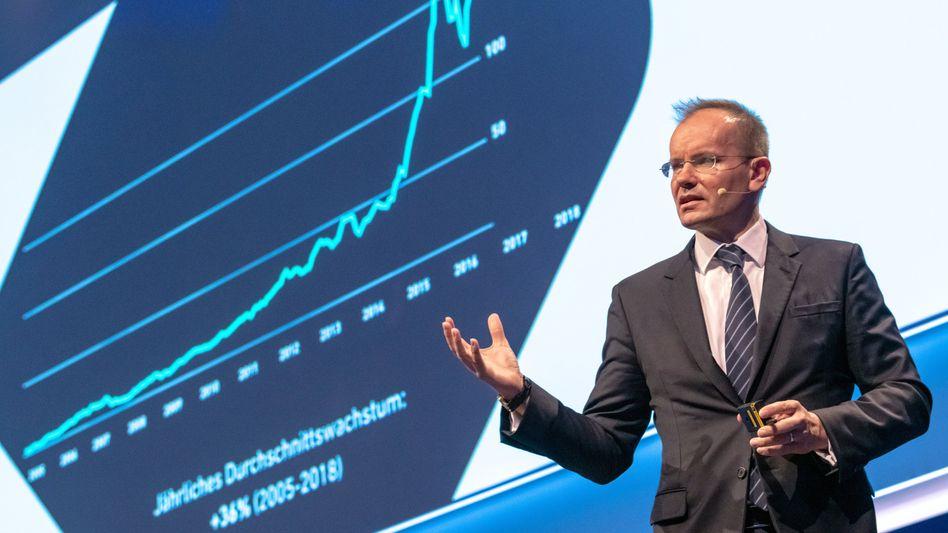 Stellt sich den Investoren: Wirecard-CEO Braun auf der Hauptversammlung in München.