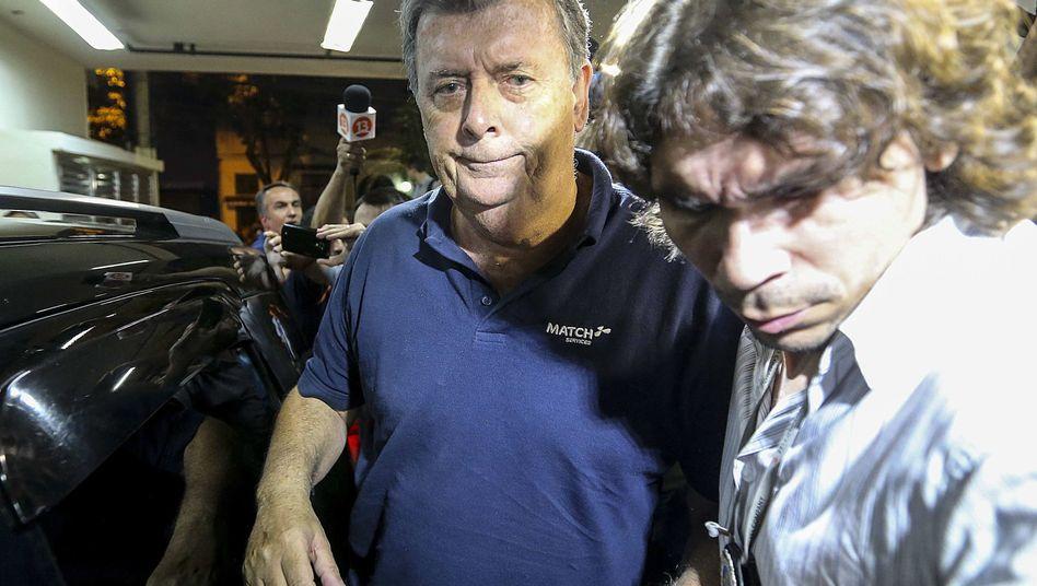 Zerknirschter Blick: Ray Whelan vom Fifa-Partner Match Services, hier am Montag bei seiner Festnahme.