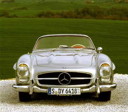 Seltenes Stück: Mercedes 300 SL Roadster, hier ein Model von 1957