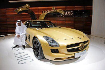 Goldene Flügeltüren: In Dubai liebt man es immer noch extrem