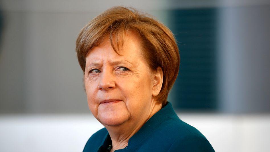 Angela Merkel: Drastischer Anstieg der Neuinfektionen